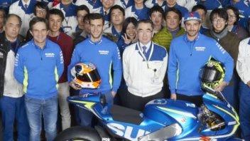 MotoGP: Iannone e Rins alla scoperta degli stabilimenti Suzuki