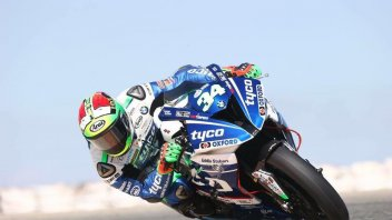 "SBK: Giugliano: ""The BMW is better than the Ducati"""
