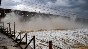 MotoGP: Aprite le dighe: allerta meteo a Termas de Rio Hondo