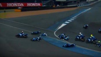 News: Suzuki Asian Challenge: tutti giù per terra all'ultima curva