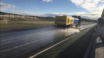MotoGP: Rabat tests the Michelin rain tyres in 'artificial rain'