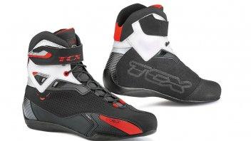 """News Prodotto: TCX Rush: anche in versione """"waterproof"""", la scarpa per il motociclista"""