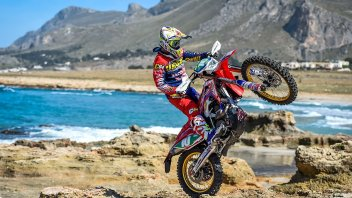 """Moto - News: Report su Rai3: i Parchi Naturali """"subiscono"""" i motociclisti"""