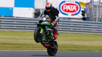 SBK: Johnny Rea... bounces back. Sykes and Davies on the podium