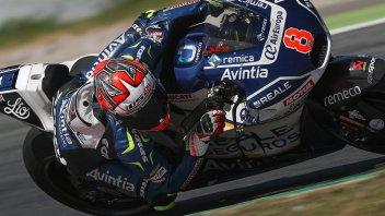MotoGP: Pioggia protagonista, Barbera sorprende Marquez, 15° Rossi