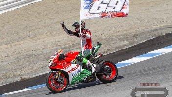 SBK: Davies trionfa a Laguna ed omaggia Nicky Hayden