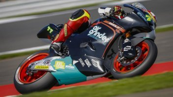 Moto2: FP1: Aegerter sorprende tutti a Silverstone