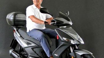 News Prodotto: Scooteristi attenzione: Giacomo Agostini gira in Kymco!