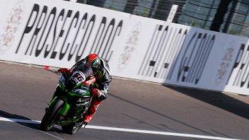 SBK: FP1: Sykes detta il passo al Lausitzring