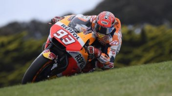 MotoGP: Phillip Island: Marquez Triumphs, Dovi sinks, now at -33