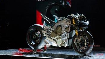 News Prodotto: Eicma 2017, Ducati Panigale V4 S: la nuda arte