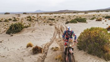 Dakar: Stage 10 shakes things up, Walkner takes the lead