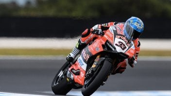 SBK: Test: Melandri squares up to the Kawasakis at Phillip Island