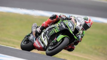 SBK: Rea and the Kawasaki back out front, Melandri 3rd