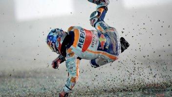 MotoGP: Dani Pedrosa, esordio col (doppio) botto a Losail (ma è OK)