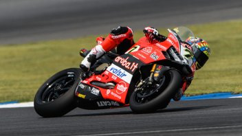 SBK: Davies rompe l'incantesimo e vince a Buriram, 7° Melandri