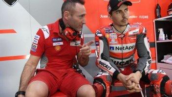 """MotoGP: Lorenzo: """"Non riesco a tenere la Ducati sull'asfalto"""""""