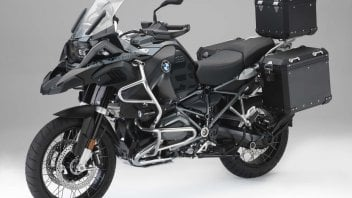 News Prodotto: Nuovi accessori originali BMW Motorrad 'Edition Black'
