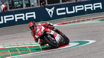 SBK: Matteo Ferrari e la Ducati trionfano a Imola, 5° Reiterberger