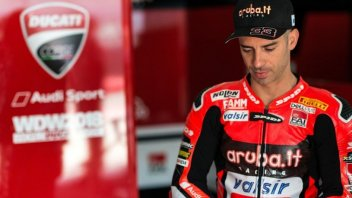 "SBK: Melandri disappointed: ""I crashed chasing Davies"""
