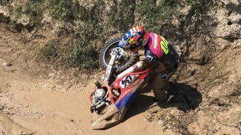 "MotoGP: Dovizioso in the ""quicksand"" with his MX bike"