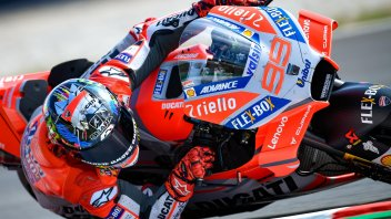 MotoGP: Lorenzo brilliant, pole position at Montmelò