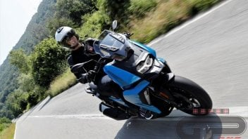 Test: BMW C 400 X: media superiore