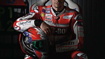 MotoGP: Casey Stoner ospite Nolan nella fabbrica di Brembate