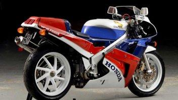 """News Prodotto: Honda VFR 750 RC30: una leggenda a """"Km 0"""""""