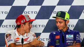 MotoGP: Rossi rifiuta la stretta di mano di Marquez
