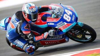 Moto3: FP1: Kornfeil mette tutti in riga e poi finisce a terra, 3° Bezzecchi