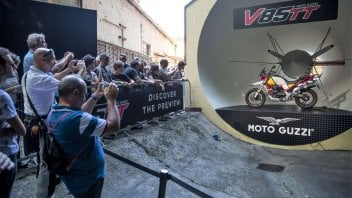 News Prodotto: Moto Guzzi: 30.000 appassionati per gli Open House a Mandello