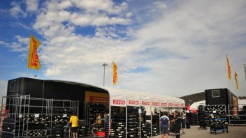 SBK: Pirelli a Portimao con gomme anteriori e posteriori maggiorate