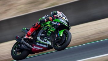 SBK: Sykes da record in Superpole, battuto Rea, 3° Savadori