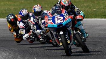 Moto3: Bezzecchi ritrova la pole a Buriram, 13° Martin