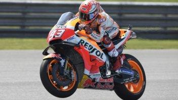 MotoGP: Rossi reborn, but Marquez takes pole at Buriram