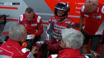 MotoGP: Lorenzo stops after one lap: Japanese GP over