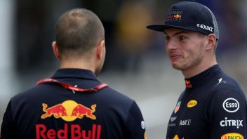 "News: ""MotoGP? Too dangerous"". Red Bull says 'no' to Verstappen"
