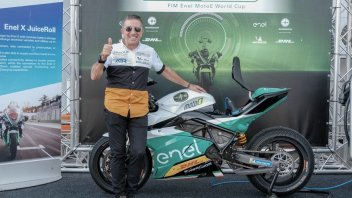 MotoE: Aspar Martinez pilota per un giorno a 56 anni