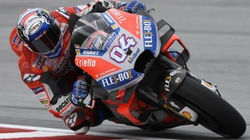 MotoGP: FP1: Alba rossa a Sepang, 1°Dovi, 2° Valentino