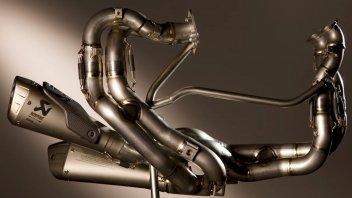 News Prodotto: Curve mozzafiato per l'Akrapovic della Panigale V4R