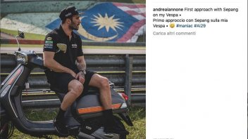 MotoGP: Iannone, primo giorno di test a Sepang... in Vespa