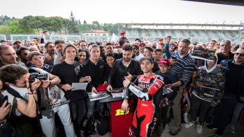 SBK: Bautista-V4 effect at Imola, rain doesn't stop the fans