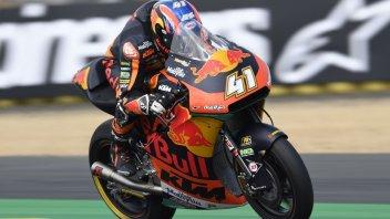 Moto2: Colpo di reni KTM, Binder è primo nelle FP2 di Le Mans