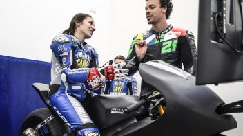 News: Neila Beatriz, first woman in Valentino Rossi's school