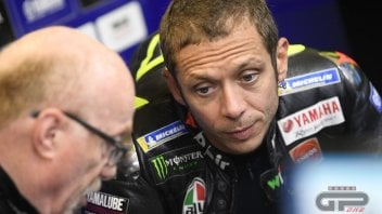 "MotoGP: Rossi and Lorenzo's vicious circle: ""The more you fall, the more you lose confidence."""