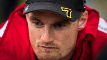 "SBK: Davies Angry: ""Melandri was ridiculous, but that's how he is"""