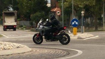 News Prodotto: La nuova Ducati Multistrada V4 beccata durante i collaudi!