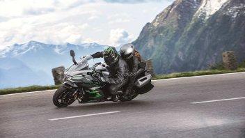 Viaggi: Turismo: qual è l'accessorio più (in)utile per la moto?