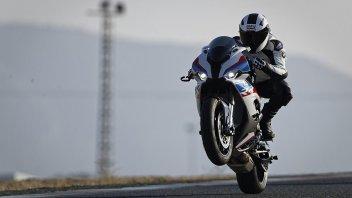 SBK: BMW entra in forma ufficiale nel mondiale Endurance con la S1000 RR